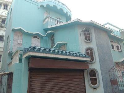 Gallery Cover Image of 4500 Sq.ft 8 BHK Independent House for buy in Golf Green for 30000000