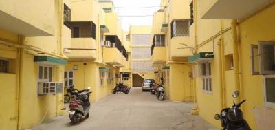 Gallery Cover Image of 800 Sq.ft 2 BHK Apartment for buy in T Nagar for 11000000