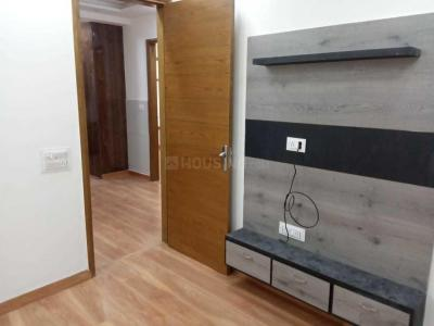 Gallery Cover Image of 700 Sq.ft 3 BHK Independent Floor for buy in Sector 16 Rohini for 7000000