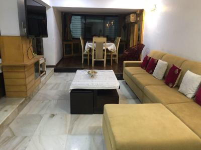 Gallery Cover Image of 1600 Sq.ft 3 BHK Apartment for rent in Santacruz West for 125000