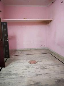 Gallery Cover Image of 700 Sq.ft 2 BHK Independent Floor for rent in West Sagarpur for 7500