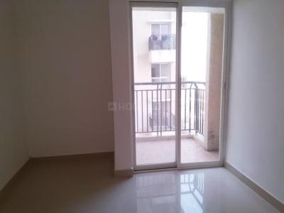 Gallery Cover Image of 760 Sq.ft 2 BHK Apartment for rent in Dahisar East for 18000