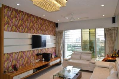 Gallery Cover Image of 1600 Sq.ft 3 BHK Apartment for buy in Borivali East for 31000000