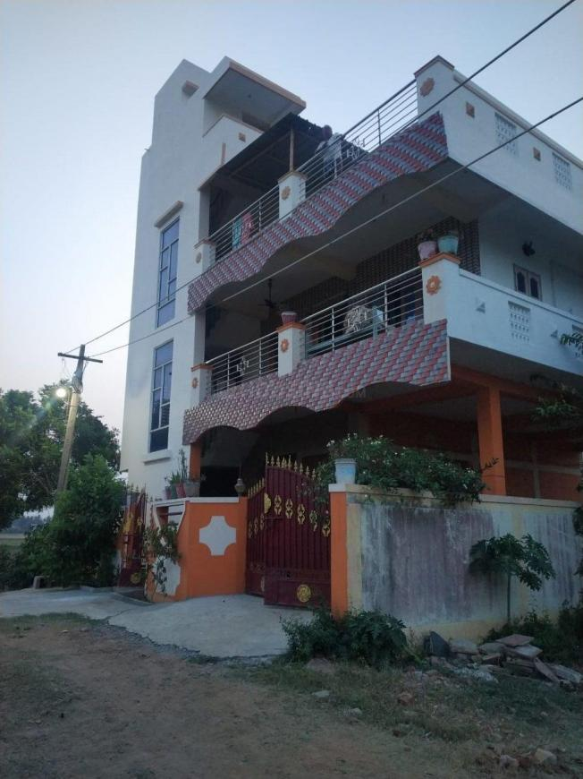 Building Image of 1000 Sq.ft 2 BHK Independent Floor for rent in Gummudipoondi for 10000