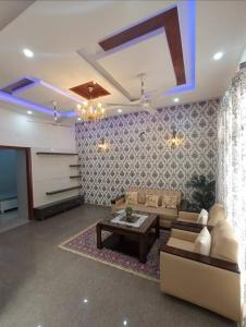 Gallery Cover Image of 1010 Sq.ft 2 BHK Apartment for rent in NEB Valley Society, Neb Sarai for 28000