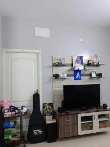 Gallery Cover Image of 1252 Sq.ft 3 BHK Apartment for rent in Semmancheri for 20000