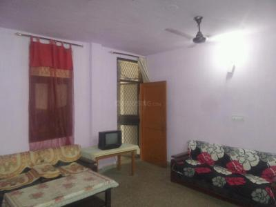 Gallery Cover Image of 850 Sq.ft 2 BHK Apartment for rent in Lajpat Nagar for 25000