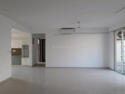 Gallery Cover Image of 2200 Sq.ft 3 BHK Apartment for rent in Powai for 125000