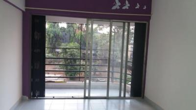 Gallery Cover Image of 750 Sq.ft 1 BHK Apartment for rent in Mulund East for 25000