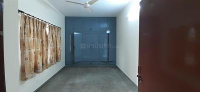 Gallery Cover Image of 1700 Sq.ft 2 BHK Independent Floor for rent in Chittaranjan Park for 42000