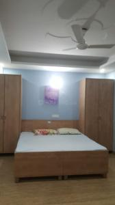 Gallery Cover Image of 540 Sq.ft 1 RK Independent Floor for rent in DLF Phase 3 for 14000