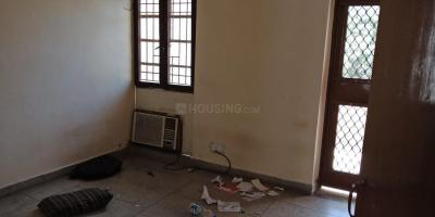 Gallery Cover Image of 1250 Sq.ft 2 BHK Apartment for rent in Sector 19 Dwarka for 19000