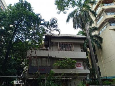 Gallery Cover Image of 5000 Sq.ft 3 BHK Independent House for buy in Andheri West for 100000000