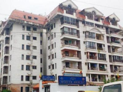 Gallery Cover Image of 1200 Sq.ft 2 BHK Apartment for rent in Shriram Whitehouse Apartment, R. T. Nagar for 20000