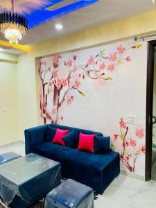 Gallery Cover Image of 970 Sq.ft 2 BHK Independent Floor for buy in Ambesten Vihaan Heritage, Noida Extension for 2440000