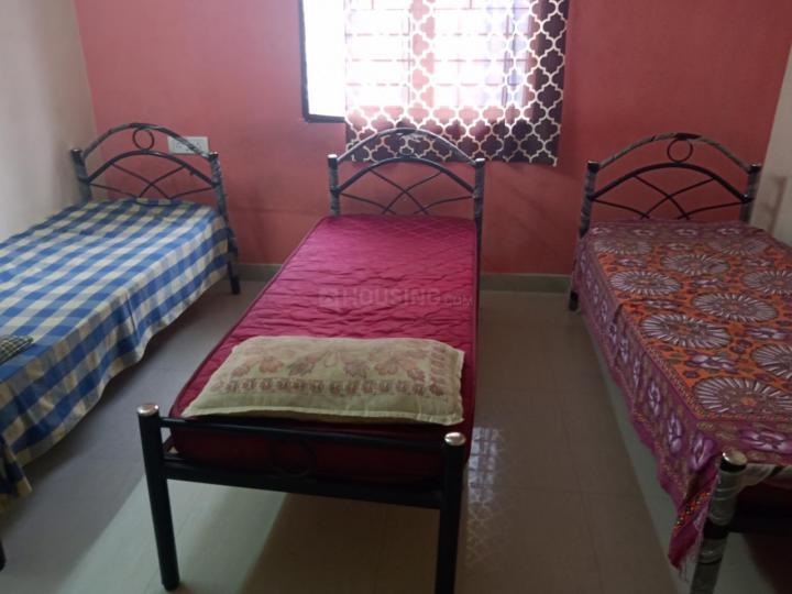 Bedroom Image of Raj PG in Perungudi