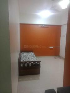Gallery Cover Image of 300 Sq.ft 1 RK Apartment for rent in Khar West for 45000