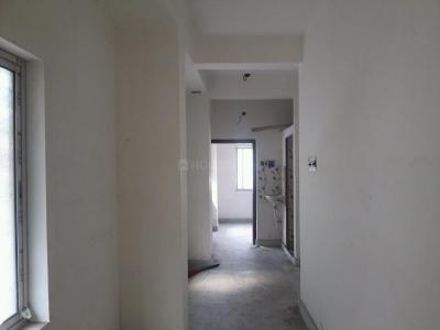 Gallery Cover Image of 680 Sq.ft 2 BHK Apartment for buy in Baranagar for 1800000