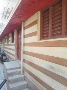 Gallery Cover Image of 150 Sq.ft 1 RK Independent House for rent in Srinivasapuram Thanda for 2000