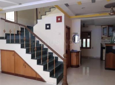 Gallery Cover Image of 1750 Sq.ft 3 BHK Apartment for rent in Choolaimedu for 30000