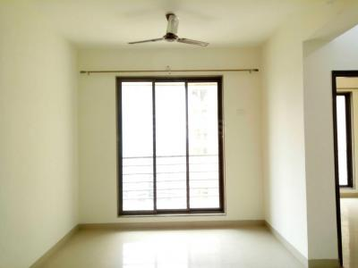 Gallery Cover Image of 950 Sq.ft 2 BHK Apartment for rent in Borivali East for 32000