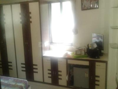Gallery Cover Image of 1000 Sq.ft 2 BHK Apartment for rent in Ganpati Villa, Thane West for 30000