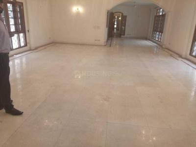 Gallery Cover Image of 9000 Sq.ft 5 BHK Independent Floor for buy in W-114, Greater Kailash for 110000000