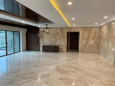 Gallery Cover Image of 4500 Sq.ft 4 BHK Apartment for rent in Velachery for 160000