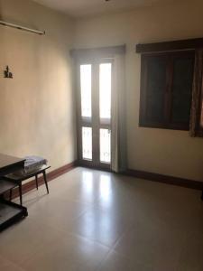 Gallery Cover Image of 1400 Sq.ft 3 BHK Apartment for buy in DDA Flats Sarita Vihar, Sarita Vihar for 12500000