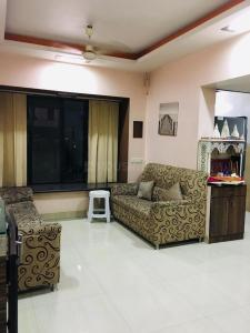 Gallery Cover Image of 960 Sq.ft 2 BHK Apartment for rent in Kandivali West for 33000