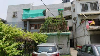 Gallery Cover Image of 1620 Sq.ft 3 BHK Independent Floor for buy in Sector 29 for 11000000