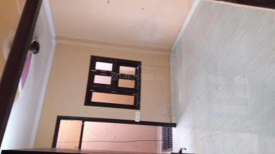 Gallery Cover Image of 430 Sq.ft 1 BHK Apartment for rent in Mukherjee Apartment, Mukherjee Nagar for 12000