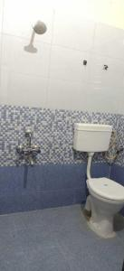 Bathroom Image of PG 4040547 Wagholi in Wagholi