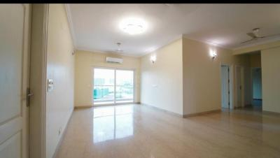 Gallery Cover Image of 1950 Sq.ft 3 BHK Apartment for buy in Shree Vardhman Victoria, Sector 70 for 12400000