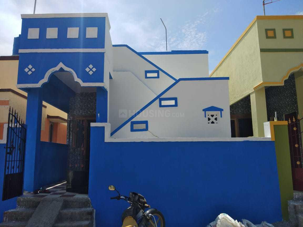 Building Image of 750 Sq.ft 2 BHK Independent House for buy in Veppampattu for 2300000