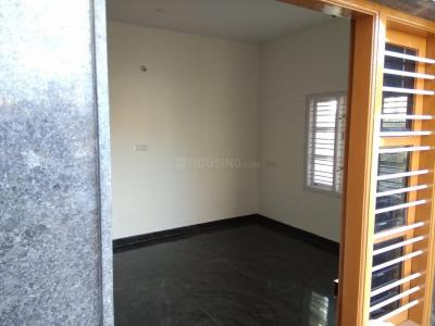 Gallery Cover Image of 900 Sq.ft 2 BHK Independent House for rent in MEI Employees Housing Colony for 12000