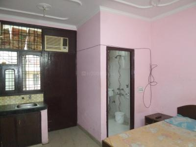 Gallery Cover Image of 300 Sq.ft 1 RK Apartment for rent in DLF Phase 3 for 11000