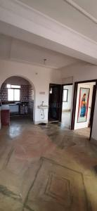 Gallery Cover Image of 880 Sq.ft 2 BHK Apartment for buy in Paschim Barisha for 3600000