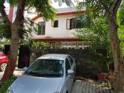 Gallery Cover Image of 4000 Sq.ft 4 BHK Independent House for rent in DLF Phase 1 for 68000