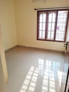 Gallery Cover Image of 950 Sq.ft 2 BHK Apartment for rent in Shivaji Nagar for 13000