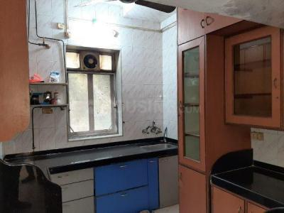 Gallery Cover Image of 750 Sq.ft 2 BHK Apartment for rent in Bandra East for 35000