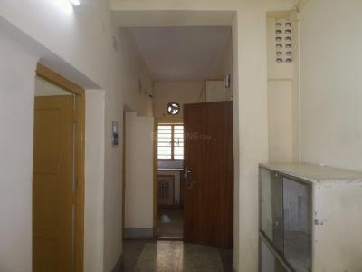 Gallery Cover Image of 750 Sq.ft 2 BHK Apartment for buy in Lake Gardens for 3500000