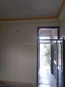 Gallery Cover Image of 1050 Sq.ft 2 BHK Independent Floor for rent in Omicron III Greater Noida for 8000