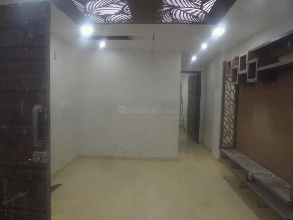 Living Room Image of 900 Sq.ft 3 BHK Apartment for buy in Shahdara for 6500000