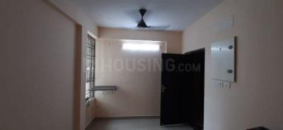 Gallery Cover Image of 650 Sq.ft 2 BHK Apartment for rent in Navin Hillview Avenue, Irandankattalai for 10000