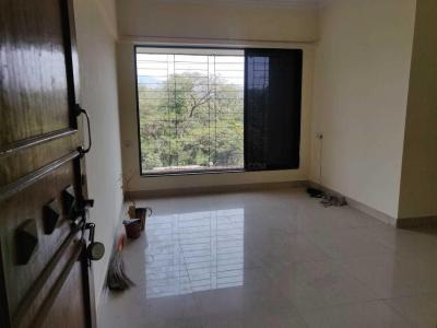 Gallery Cover Image of 595 Sq.ft 1 BHK Apartment for rent in Kandivali East for 21000