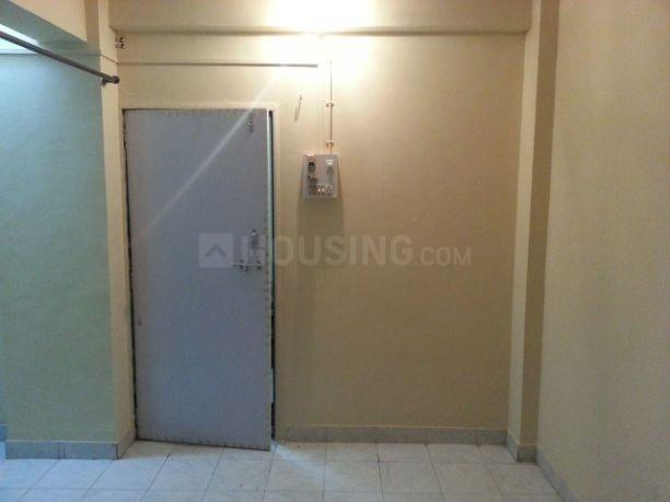Bedroom Image of 340 Sq.ft 1 RK Apartment for rent in Kandivali West for 15000