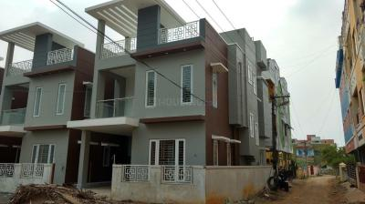 Gallery Cover Image of 2050 Sq.ft 3 BHK Independent House for rent in Sembakkam for 25000