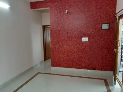 Gallery Cover Image of 570 Sq.ft 2 BHK Independent Floor for rent in Benson Town for 12000