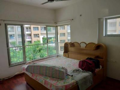 Gallery Cover Image of 1600 Sq.ft 3 BHK Apartment for rent in Adani The Meadows, Khodiyar for 16500